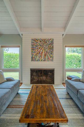 Photo 8: LA JOLLA House for sale : 4 bedrooms : 8946 La Jolla Scenic Dr N.