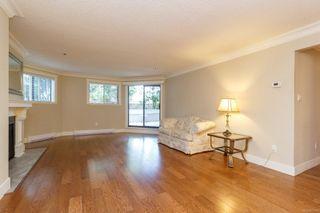 Photo 4: 111 1560 Hillside Ave in : Vi Oaklands Condo Apartment for sale (Victoria)  : MLS®# 851555
