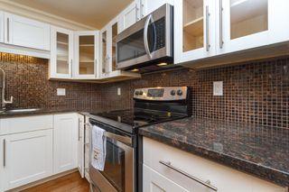 Photo 13: 111 1560 Hillside Ave in : Vi Oaklands Condo Apartment for sale (Victoria)  : MLS®# 851555