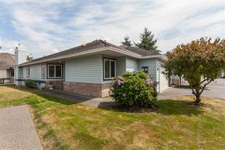 "Photo 1: 55 5550 LANGLEY Bypass in Langley: Langley City Townhouse for sale in ""RIVERWYNDE"" : MLS®# R2485816"
