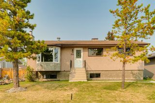 Main Photo: 204 FRONTENAC Avenue: Turner Valley Detached for sale : MLS®# A1033478