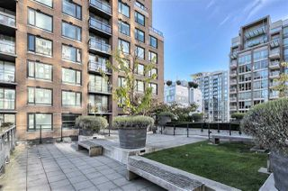 "Photo 24: 617 1088 RICHARDS Street in Vancouver: Yaletown Condo for sale in ""RICHARDS LIVING"" (Vancouver West)  : MLS®# R2510483"