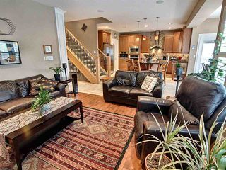 Photo 10: 16711 113 Street in Edmonton: Zone 27 House for sale : MLS®# E4221604