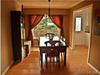 Photo 7: 2431 Sarah Pl in VICTORIA: Co Colwood Lake House for sale (Colwood)  : MLS®# 578149