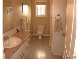 Photo 12: 2431 Sarah Pl in VICTORIA: Co Colwood Lake House for sale (Colwood)  : MLS®# 578149