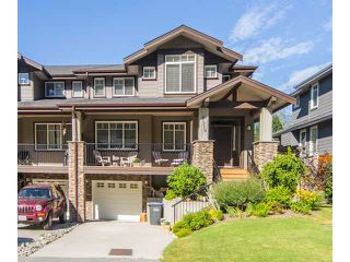Photo 1: 41719 HONEY Lane in Squamish: Brackendale Condo for sale : MLS®# V993567