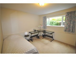 Photo 11: 546 W 25TH ST in North Vancouver: Upper Lonsdale House for sale : MLS®# V1012039