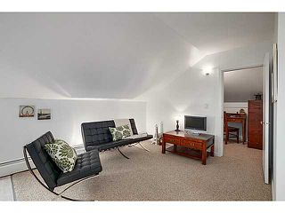 "Photo 11: A&B 120 W 17TH Street in North Vancouver: Central Lonsdale Condo for sale in ""THE OLD COLONOY"" : MLS®# V1035638"