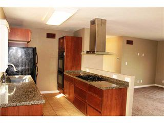 Photo 5: CHULA VISTA House for sale : 2 bedrooms : 1613 Marl Avenue