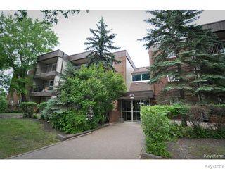 Photo 1: 476 Kenaston Boulevard in WINNIPEG: River Heights / Tuxedo / Linden Woods Condominium for sale (South Winnipeg)  : MLS®# 1403509