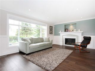 Photo 2: 415 E 6TH Street in North Vancouver: Lower Lonsdale House for sale : MLS®# V1058449