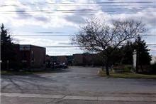 Photo 4: 18 175 Toryork Drive in Toronto: Humber Summit Property for sale (Toronto W05)  : MLS®# W3020284