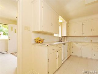 Photo 5: 2830 Admirals Rd in VICTORIA: SW Portage Inlet House for sale (Saanich West)  : MLS®# 683640
