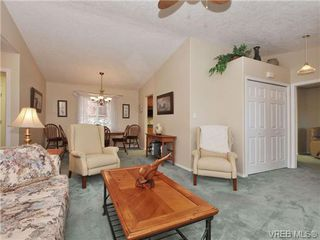 Photo 9: 40 Eagle Lane in VICTORIA: VR Glentana Manufactured Home for sale (View Royal)  : MLS®# 684761