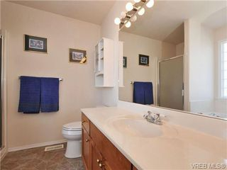 Photo 13: 40 Eagle Lane in VICTORIA: VR Glentana Manufactured Home for sale (View Royal)  : MLS®# 684761