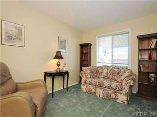 Photo 17: 40 Eagle Lane in VICTORIA: VR Glentana Manufactured Home for sale (View Royal)  : MLS®# 684761
