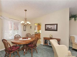 Photo 10: 40 Eagle Lane in VICTORIA: VR Glentana Manufactured Home for sale (View Royal)  : MLS®# 684761