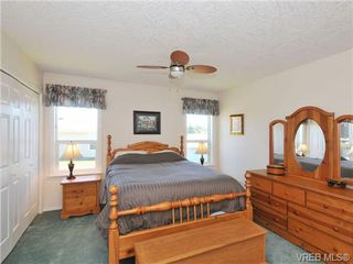 Photo 12: 40 Eagle Lane in VICTORIA: VR Glentana Manufactured Home for sale (View Royal)  : MLS®# 684761