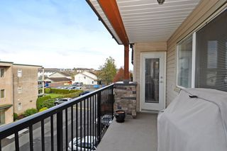 "Photo 18: 301 5465 203RD Street in Langley: Langley City Condo for sale in ""STATION 54"" : MLS®# F1436316"