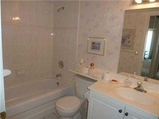 Photo 2: 319 1700 E Eglinton Avenue in Toronto: Victoria Village Condo for sale (Toronto C13)  : MLS®# C3232941