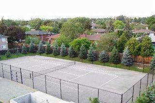 Photo 5: 319 1700 E Eglinton Avenue in Toronto: Victoria Village Condo for sale (Toronto C13)  : MLS®# C3232941