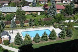 Photo 3: 319 1700 E Eglinton Avenue in Toronto: Victoria Village Condo for sale (Toronto C13)  : MLS®# C3232941