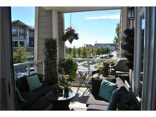 """Photo 11: 201 4211 BAYVIEW Street in Richmond: Steveston South Condo for sale in """"THE VILLAGE AT IMPERIAL LANDING"""" : MLS®# V1136554"""