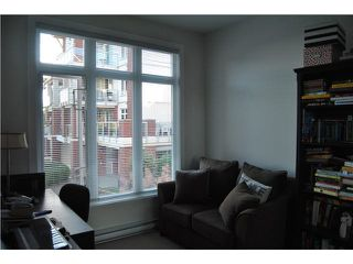 """Photo 10: 201 4211 BAYVIEW Street in Richmond: Steveston South Condo for sale in """"THE VILLAGE AT IMPERIAL LANDING"""" : MLS®# V1136554"""