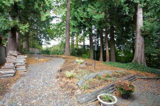 "Photo 3: 14221 WHEATLEY Avenue: White Rock House for sale in ""WEST WHITE ROCK"" (South Surrey White Rock)  : MLS®# R2007145"