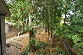 "Photo 31: 14221 WHEATLEY Avenue: White Rock House for sale in ""WEST WHITE ROCK"" (South Surrey White Rock)  : MLS®# R2007145"