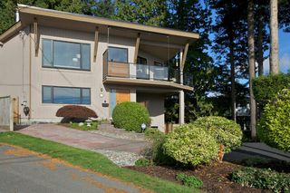 "Photo 37: 14221 WHEATLEY Avenue: White Rock House for sale in ""WEST WHITE ROCK"" (South Surrey White Rock)  : MLS®# R2007145"