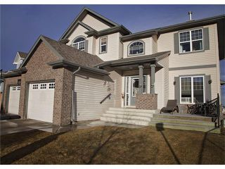 Photo 2: 108 WESTMOUNT Road: Okotoks House for sale : MLS®# C4046729