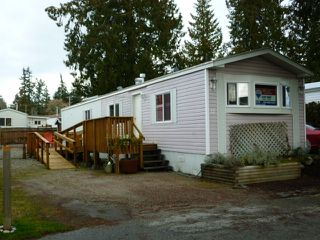 """Main Photo: 17 5575 MASON Road in Sechelt: Sechelt District Manufactured Home for sale in """"MASON ROAD MOBILE HOME PARK"""" (Sunshine Coast)  : MLS®# R2033933"""