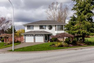 Photo 1: 18787 56B Avenue in Surrey: Cloverdale BC House for sale (Cloverdale)  : MLS®# R2041137