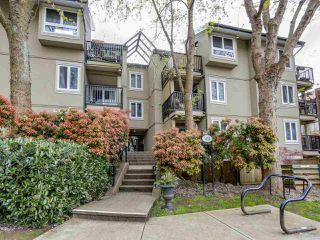 "Main Photo: 210 1450 E 7TH Avenue in Vancouver: Grandview VE Condo for sale in ""RIDGEWAY PLACE"" (Vancouver East)  : MLS®# R2056295"
