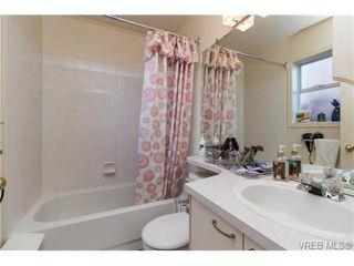 Photo 8: 472 Kinver St in VICTORIA: Es Saxe Point Half Duplex for sale (Esquimalt)  : MLS®# 729276