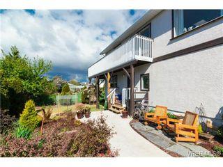 Photo 14: 472 Kinver St in VICTORIA: Es Saxe Point Half Duplex for sale (Esquimalt)  : MLS®# 729276