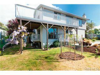 Photo 15: 472 Kinver St in VICTORIA: Es Saxe Point Half Duplex for sale (Esquimalt)  : MLS®# 729276