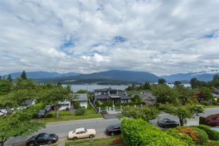 "Photo 3: 7016 SIERRA Drive in Burnaby: Westridge BN House for sale in ""WESTRIDGE"" (Burnaby North)  : MLS®# R2092362"