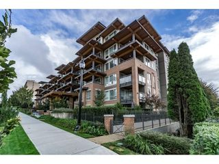 "Photo 1: 518 500 ROYAL Avenue in New Westminster: Downtown NW Condo for sale in ""DOMINION"" : MLS®# R2105408"
