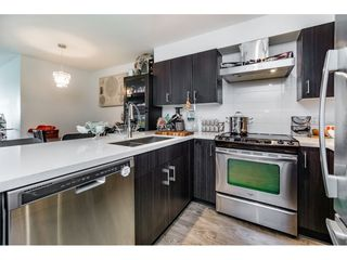 "Photo 10: 518 500 ROYAL Avenue in New Westminster: Downtown NW Condo for sale in ""DOMINION"" : MLS®# R2105408"