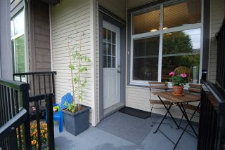 "Photo 2: 207 7333 16TH Avenue in Burnaby: Edmonds BE Townhouse for sale in ""SOUTHGATE"" (Burnaby East)  : MLS®# R2105585"