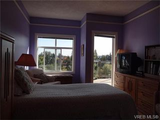 Photo 8: 411 1083 Tillicum Rd in VICTORIA: Es Kinsmen Park Condo for sale (Esquimalt)  : MLS®# 743444