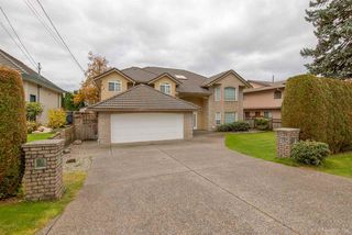 "Photo 1: 638 CHAPMAN Avenue in Coquitlam: Coquitlam West House for sale in ""COQUITLAM WEST"" : MLS®# R2119482"