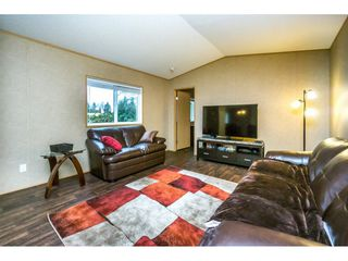 "Photo 3: 1224 240 Street in Langley: Otter District House for sale in ""South Langley"" : MLS®# R2122822"
