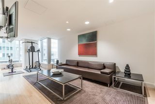 "Photo 4: 2806 1077 W CORDOVA Street in Vancouver: Coal Harbour Condo for sale in ""SHAW TOWER"" (Vancouver West)  : MLS®# R2122909"