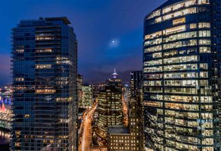 "Photo 15: 2806 1077 W CORDOVA Street in Vancouver: Coal Harbour Condo for sale in ""SHAW TOWER"" (Vancouver West)  : MLS®# R2122909"