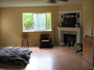 Photo 4: 5499 Chestnut Cr in Ladner: Home for sale : MLS®# V829978