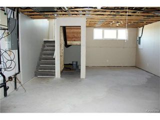 Photo 16: 522 Ferry Road in Winnipeg: St James Residential for sale (5E)  : MLS®# 1700403