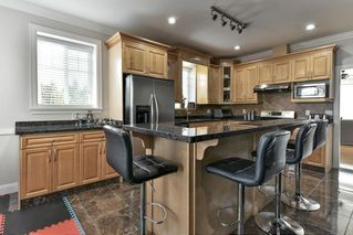 Photo 7: 6399 166 Street in Surrey: Cloverdale BC House for sale (Cloverdale)  : MLS®# R2151928